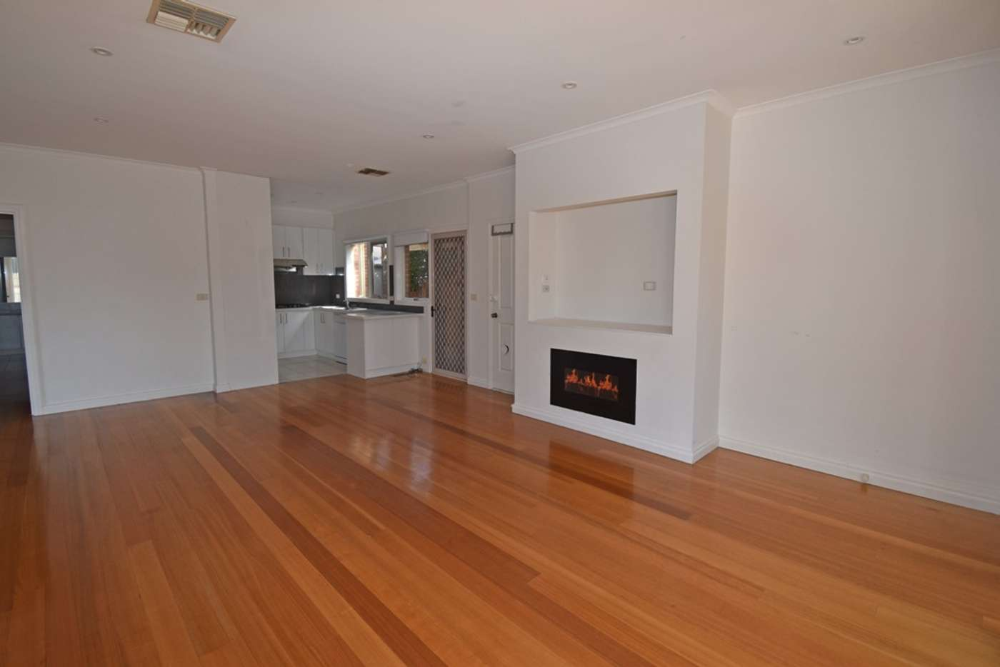 Main view of Homely townhouse listing, 1/81 Robert Street, Bentleigh VIC 3204