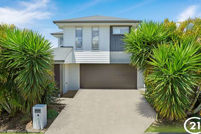 5 Pine Place, Upper Kedron QLD 4055