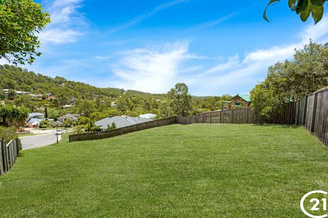 28 Valley Place, Upper Kedron QLD 4055