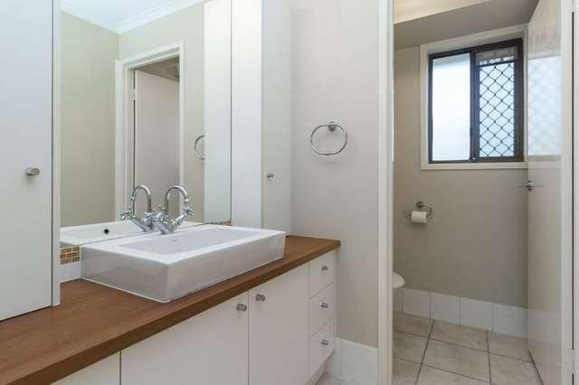 10 Ixora Court, Regents Park QLD 4118