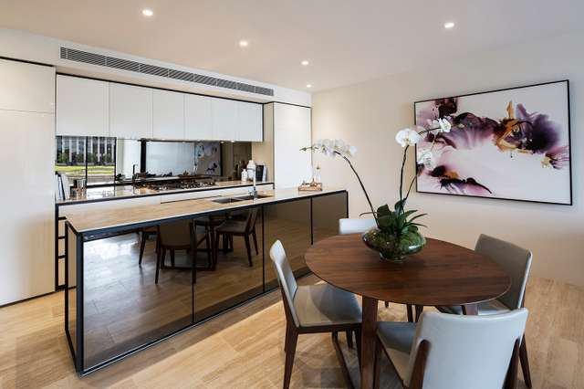 104D /1 THE CONCOURSE, Benowa QLD 4217