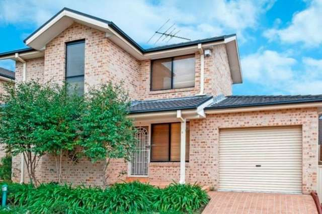 2/99 Metella Road, Toongabbie NSW 2146