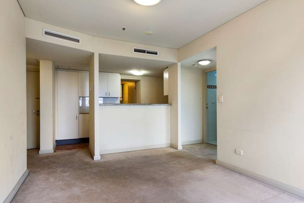 Third view of Homely apartment listing, 2007/2 Quay Street, Sydney NSW 2000
