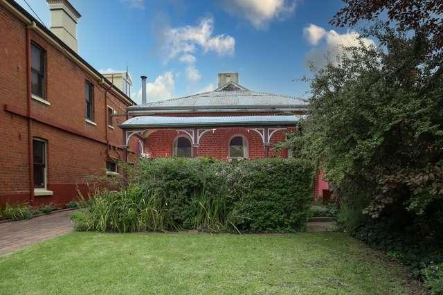 212 Russell Street, Bathurst NSW 2795