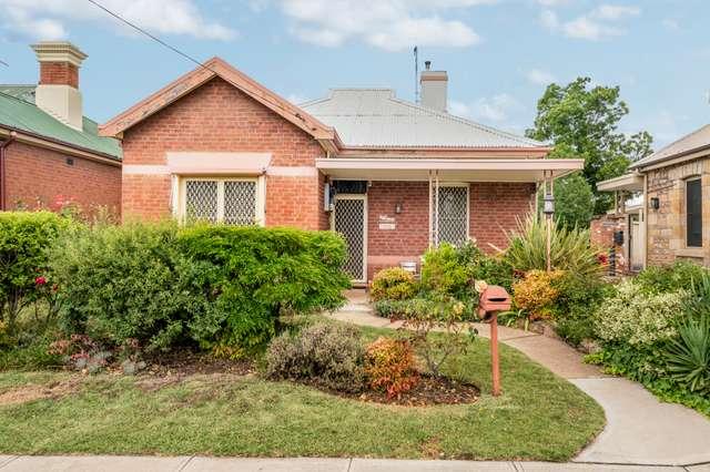 100 Piper Street, Bathurst NSW 2795