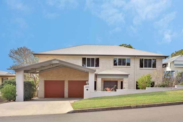 12 Hill Crescent, West Gladstone QLD 4680