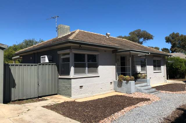 3 St Albans Crescent, Clearview SA 5085