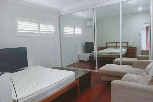 13A Edgar St, Macquarie Fields NSW 2564