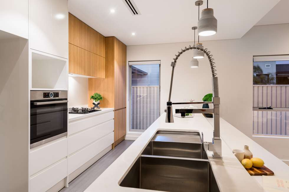 Second view of Homely semiDetached listing, 37 Eyre Street, Chifley NSW 2036