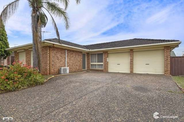 17 Pine Road, Casula NSW 2170