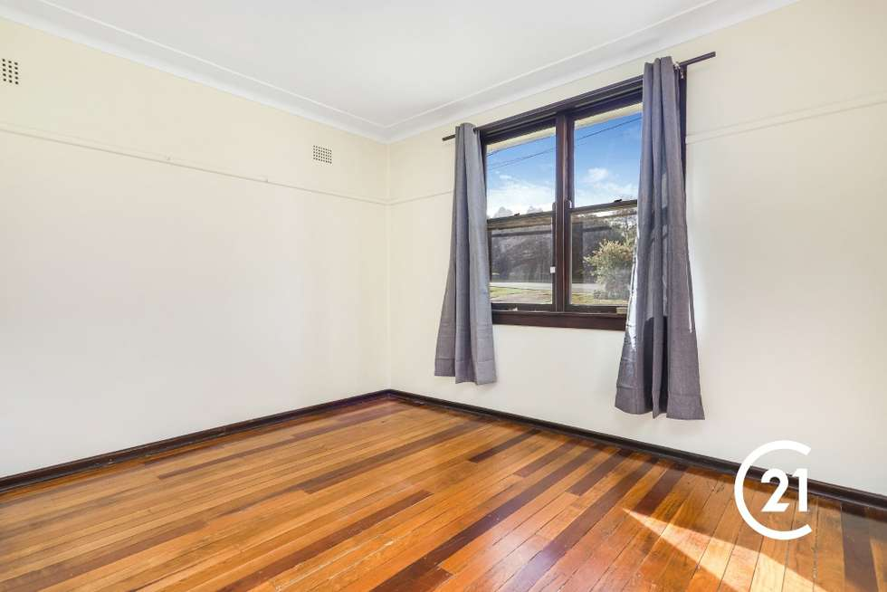 Fourth view of Homely house listing, 32 Dawn Drive, Seven Hills NSW 2147