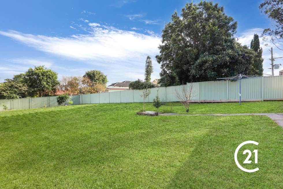 Fifth view of Homely house listing, 32 Dawn Drive, Seven Hills NSW 2147
