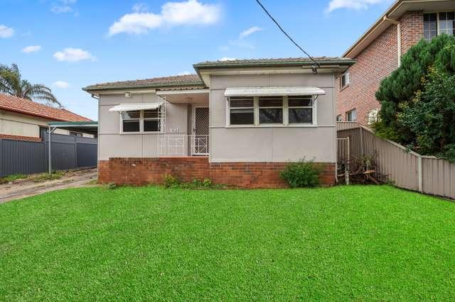 102 Canterbury Rd, Glenfield NSW 2167