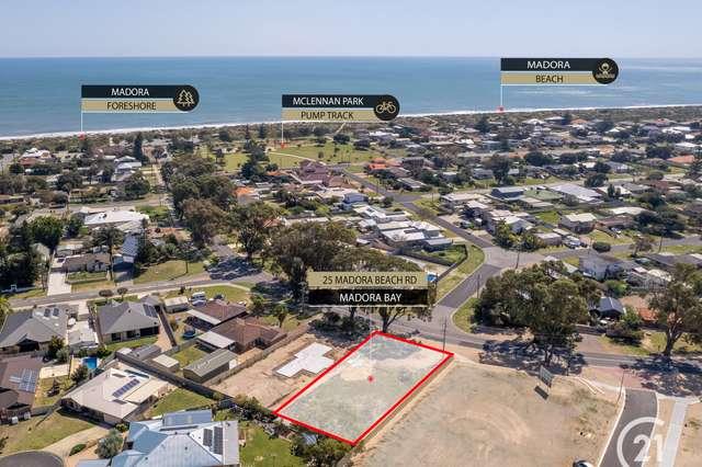25 Madora Beach Rd, Madora Bay WA 6210
