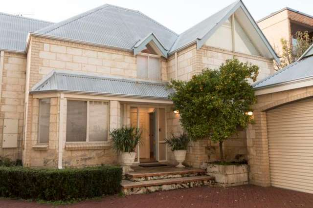 30C Marine Terrace, Fremantle WA 6160
