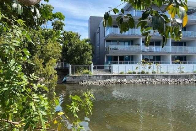 31 Madang Crescent, Runaway Bay QLD 4216