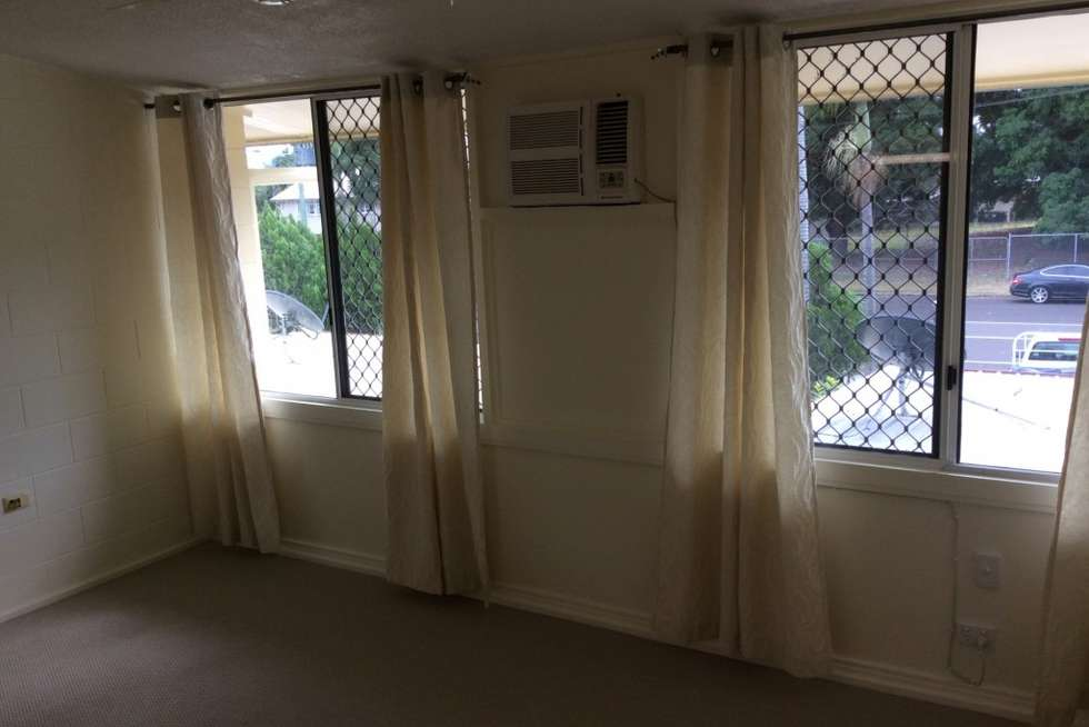 Fifth view of Homely apartment listing, 2/174 Harold Street, West End QLD 4810