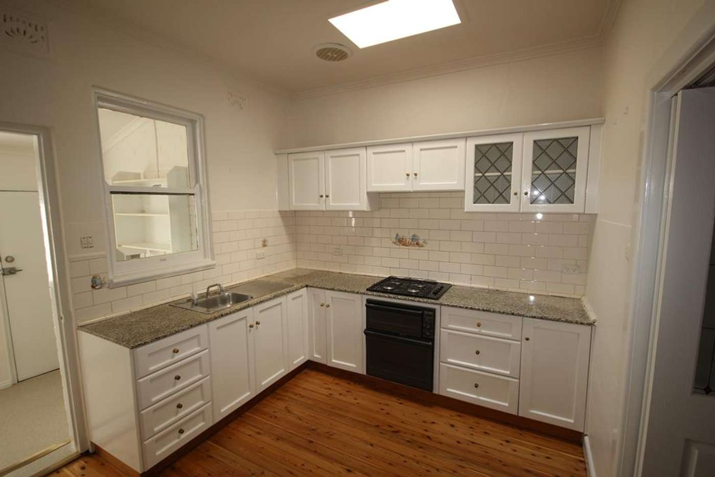 Main view of Homely unit listing, 2/424 Kotthoff Street, Lavington NSW 2641