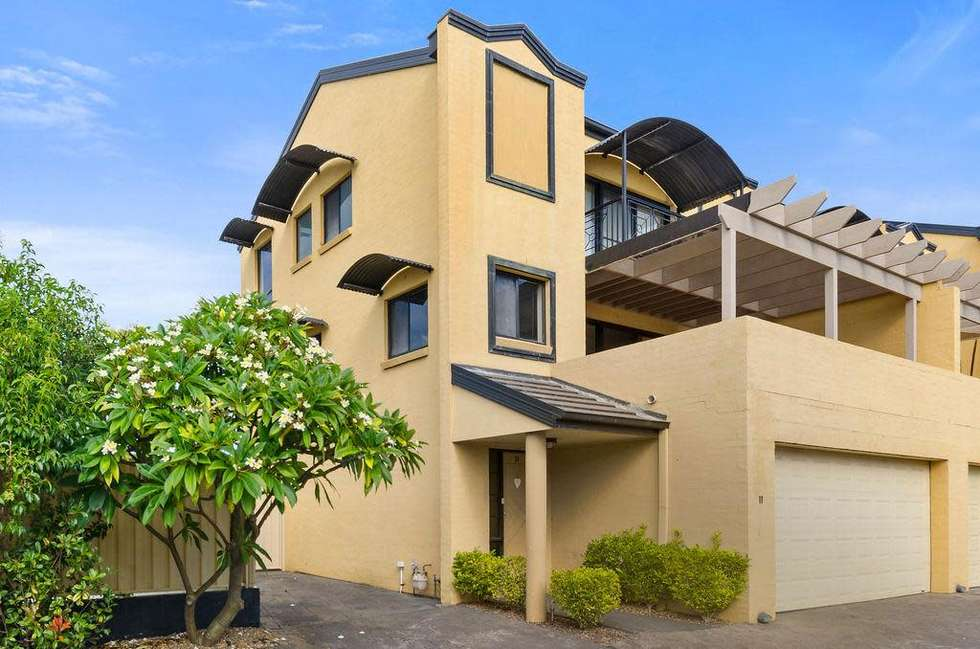 11/13 Luxor Street, Woonona, NSW 2517 - Townhouse For Rent