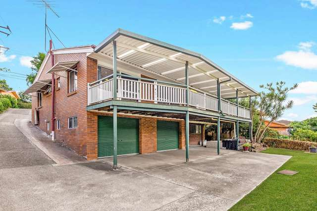 125 Fegen Drive, Moorooka QLD 4105