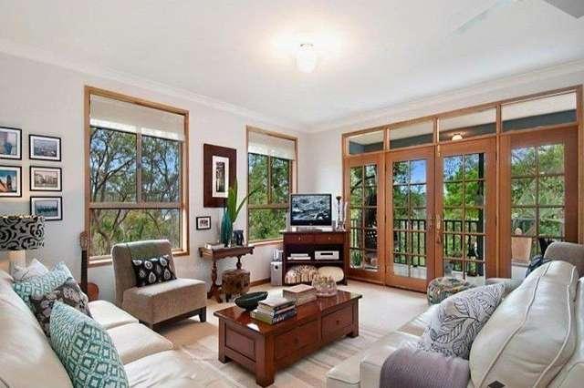 2. Fiona Street, Point Clare NSW 2250