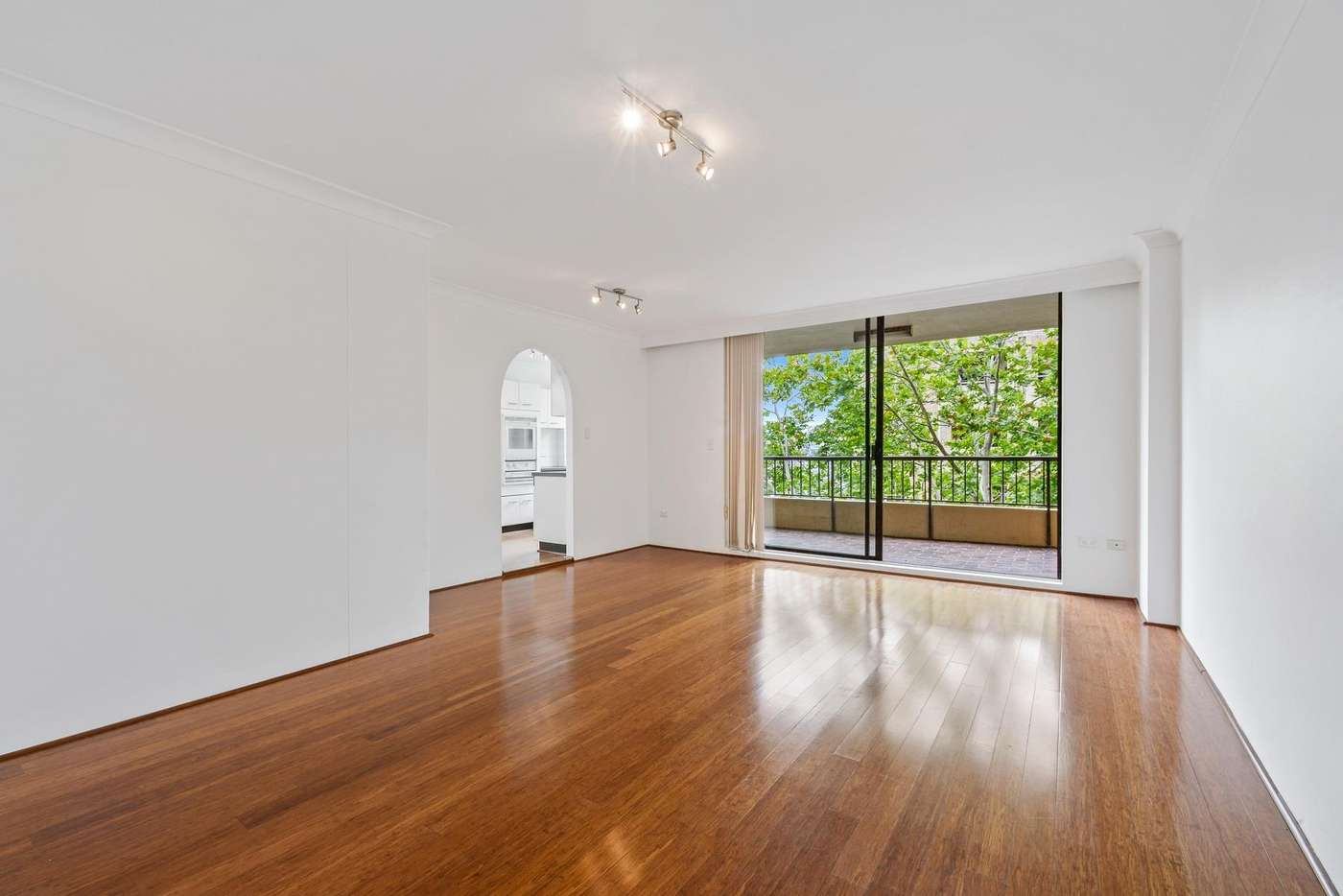 Main view of Homely apartment listing, 18/29-35 Roslyn Gardens, Elizabeth Bay NSW 2011