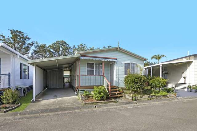 42 First Avenue, Green Point NSW 2251