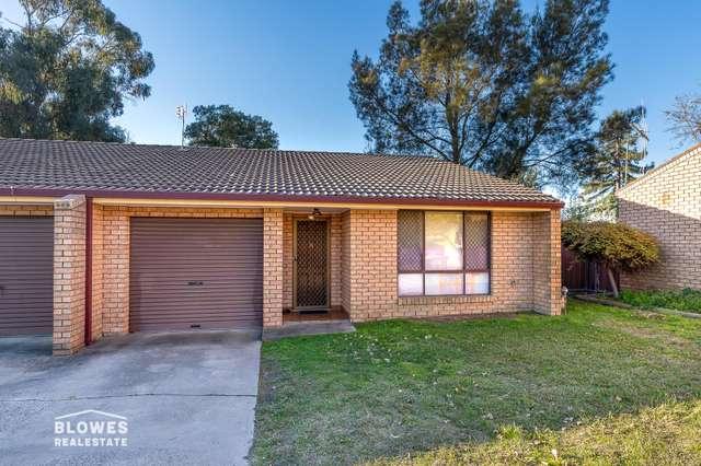 2/11 Moad Street, Orange NSW 2800