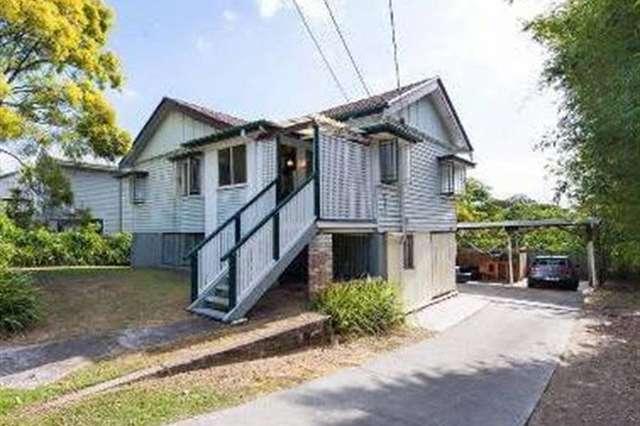 121 Fairfield Rd, Fairfield QLD 4103