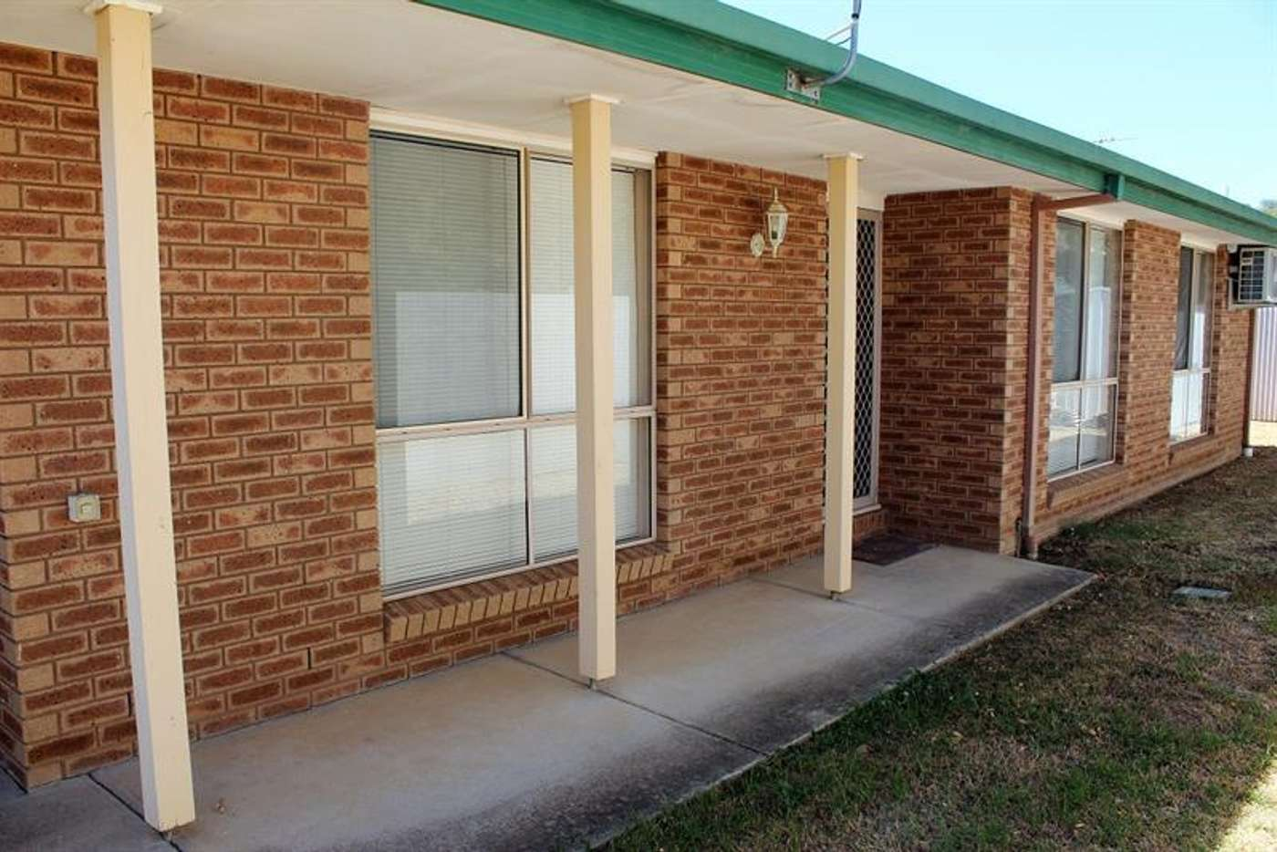 Main view of Homely house listing, 4 Sturtvale Ct, West Albury NSW 2640