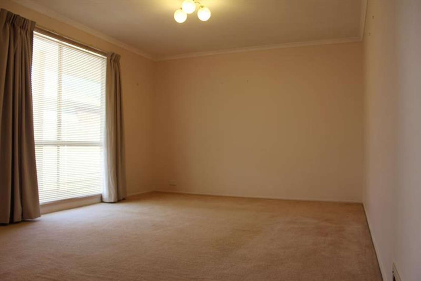 Sixth view of Homely house listing, 4 Sturtvale Ct, West Albury NSW 2640