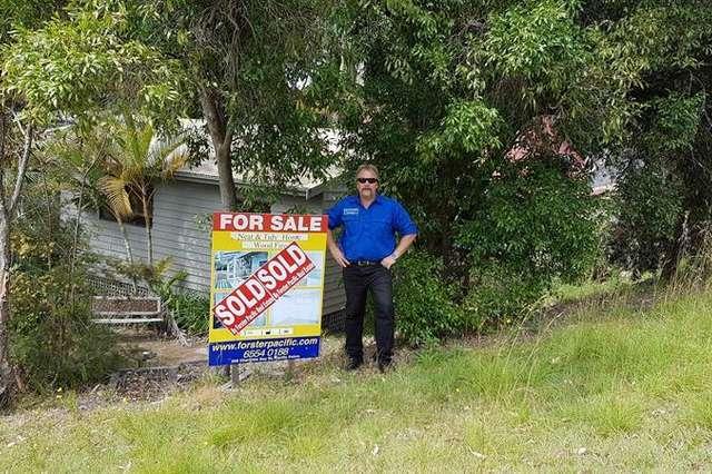 6 Harcourt Cres, Smiths Lake NSW 2428