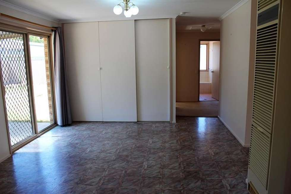 Fourth view of Homely house listing, 4 Sturtvale Ct, West Albury NSW 2640