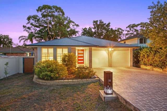 38 Gallipoli Ave, Blackwall NSW 2256