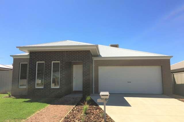 100 Greta Drive, Lavington NSW 2641