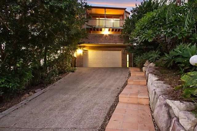 80 Orchard Terrace, St Lucia QLD 4067