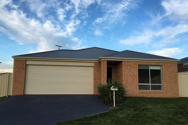 15 Harry Crescent, Hamilton Valley NSW 2641