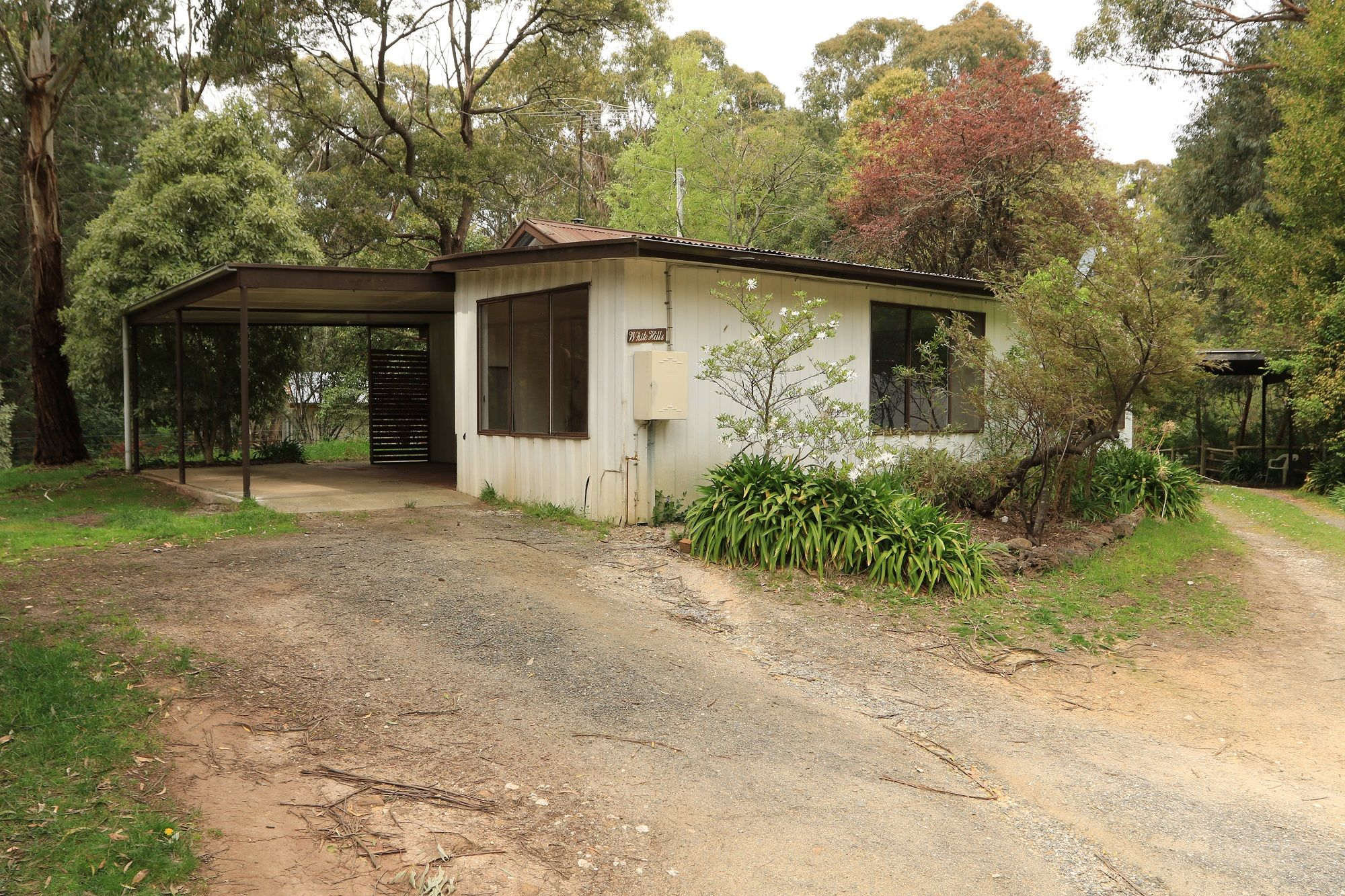 4 Old Golden Point Road