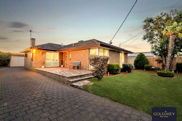 2 victor court, Melton South VIC 3338