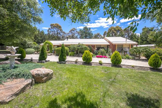 2 Ida Crescent, Romsey VIC 3434