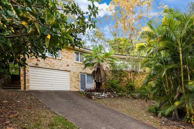 11 Igluna Street, Kenmore QLD 4069