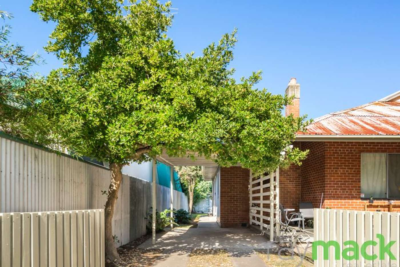 Main view of Homely unit listing, 2/517 Crisp Street, Albury NSW 2640