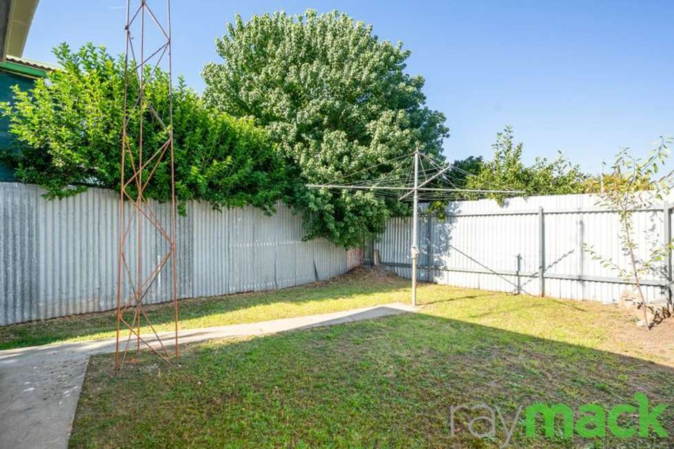 Fourth view of Homely unit listing, 2/517 Crisp Street, Albury NSW 2640