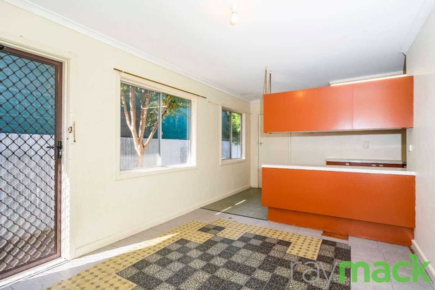 Sixth view of Homely unit listing, 2/517 Crisp Street, Albury NSW 2640