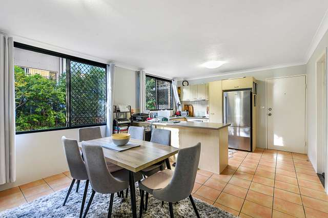 1/2325 Gold Coast Highway, Mermaid Beach QLD 4218