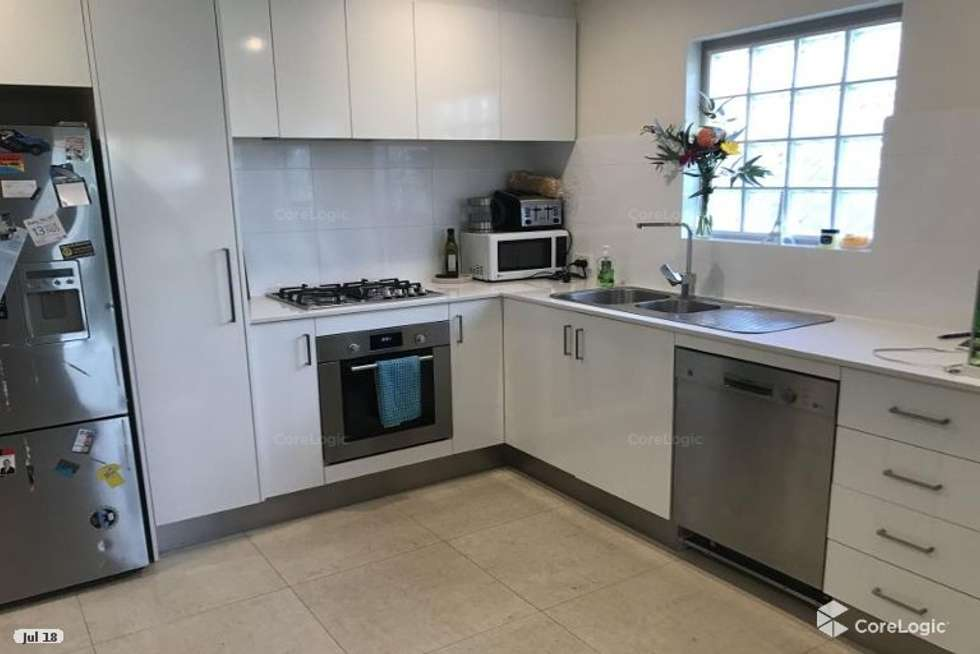 Fifth view of Homely apartment listing, 1/377 DALY STREET, Cloverdale WA 6105