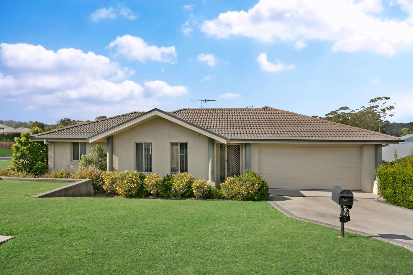 Main view of Homely house listing, 1 Tipperary Drive, Ashtonfield NSW 2323