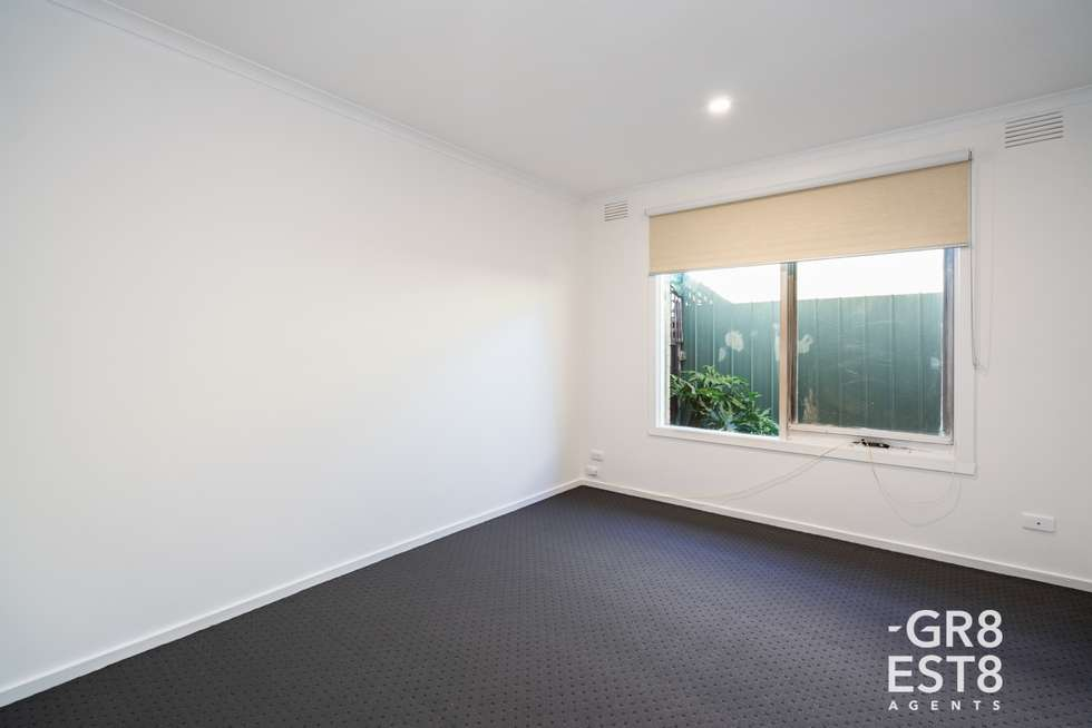 Fifth view of Homely house listing, 33 Dunbar Avenue, Cranbourne VIC 3977