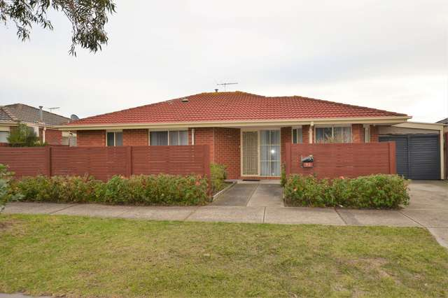 93 Oberon Drive, Carrum Downs VIC 3201