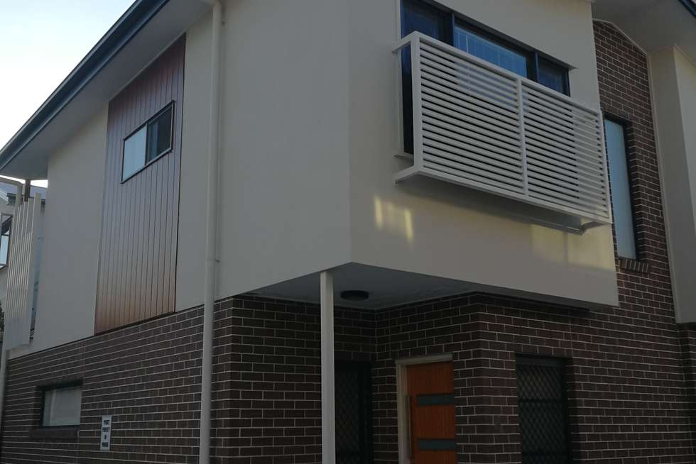 Second view of Homely townhouse listing, 4/262 Padstow Road, Eight Mile Plains QLD 4113